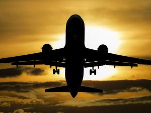 Эронда Украина самолёти қулади. Унда 180 киши бўлган