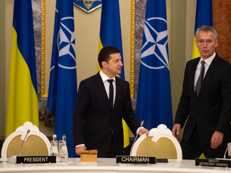 НАТО альянсга қўшилиш учун Украинадан нималарни талаб қилмоқда?