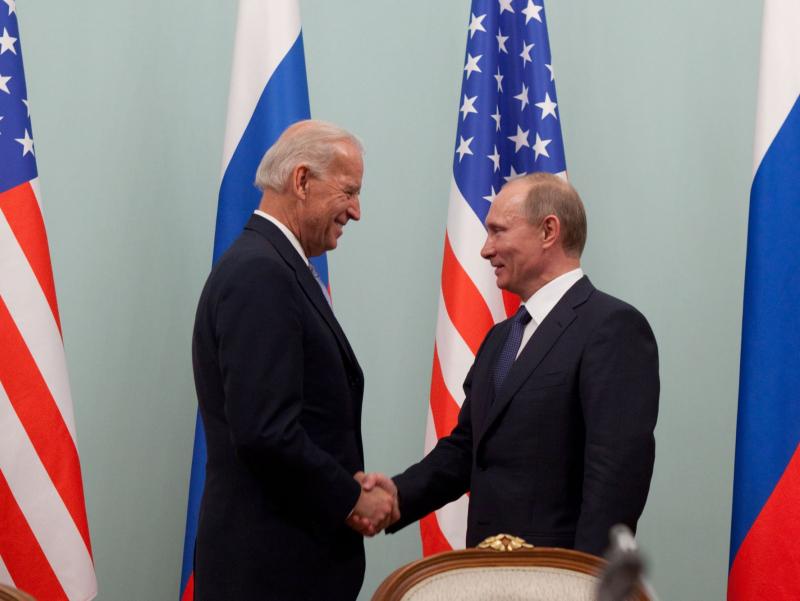 Путин нега Байденни ғалаба билан табрикламаганини айтди